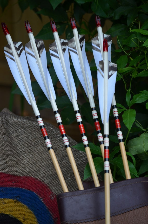 Archery arrows, Traditional wood arrows with white dip and red cresting
