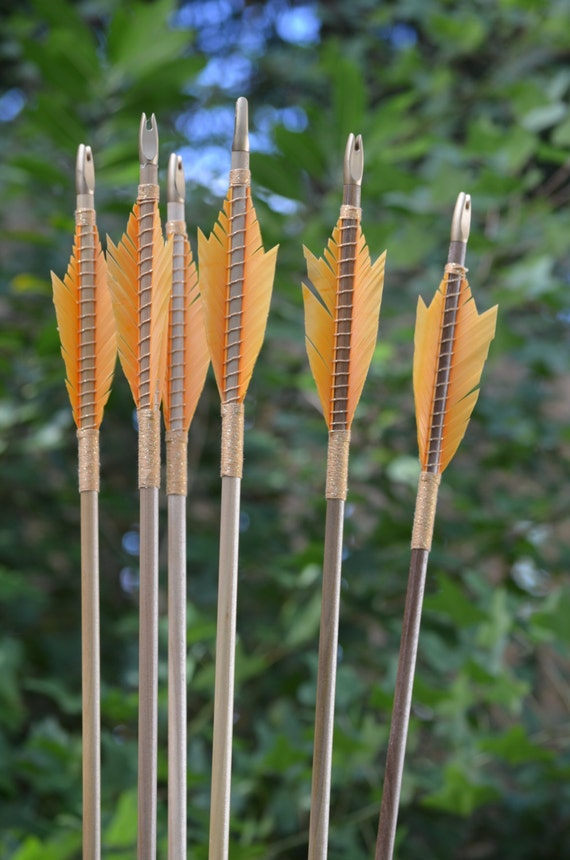 Archery arrows, medeival style, poplar, Hobbit inspired arrows, handmade arrows, wood arrows