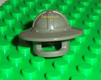 Sale Lego Gray Broad Brim Helmet Head Gear from 2000 Castle Knights Minifigures for Collecting Customization Artisan Art Doll Toy Supplies