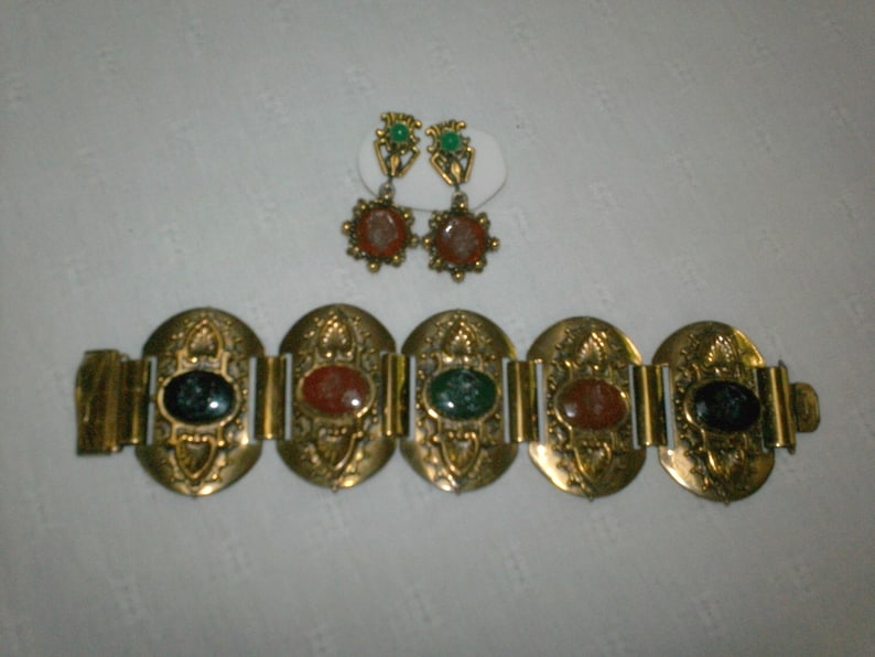 1930s Intaglio brass and glass wedding engagement Bracelet and Earrings