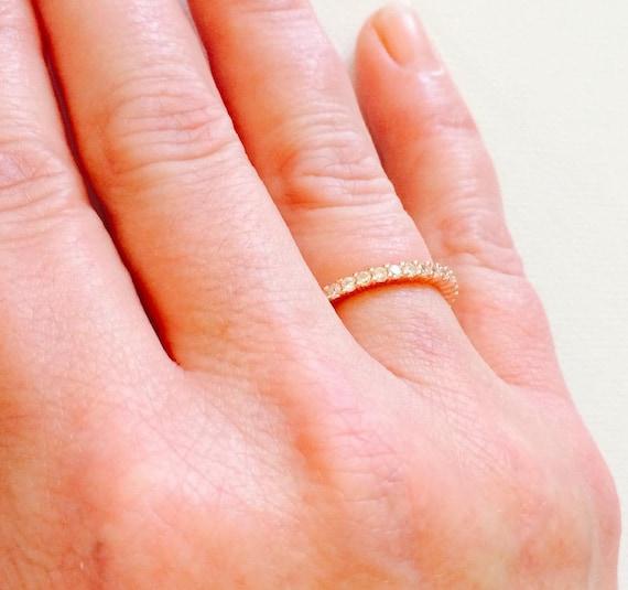 .925 Argent Or Rose 2 mm Zircon cubique éternité Empilable Anneau Mariage Bande Taille 4-10