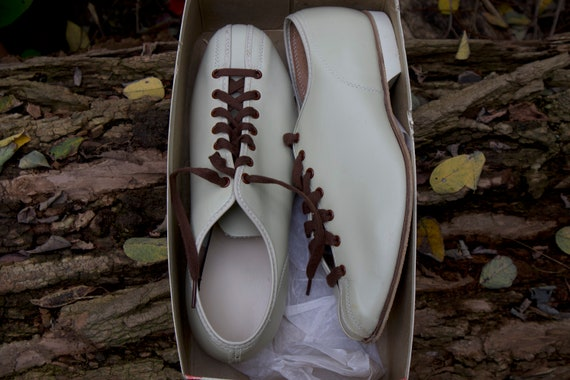 New 1950s Vintage Bowling Shoes