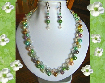 Gorgeous Swarovski Pearl & Crystal Necklace With Earrings!