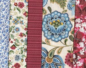 5 grands coupons  / Ref. H21 / coton patchwork rouges, bleus, crème-Assortiment, lot de coupons cotonAssortiment, lot de coupons coton