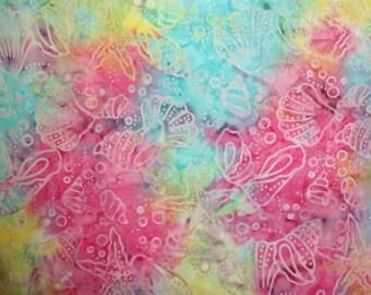 Tissu BATIK très coloré avec coquillages pour patchwork et/ou loisirs créatifs