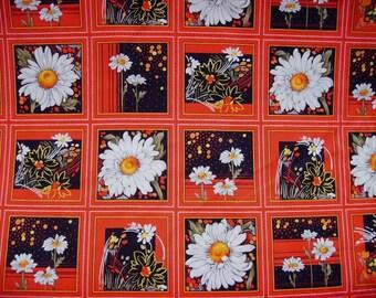 Tissu coton Patchwork  33 vignettes Marguerites blanches sur fond noir