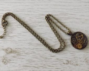 Steampunk pendant, handmade resin pendant, quirky necklace, cogs necklace, cyberpunk pendant, Steampunk jewellery, Steampunk gift, Steampunk
