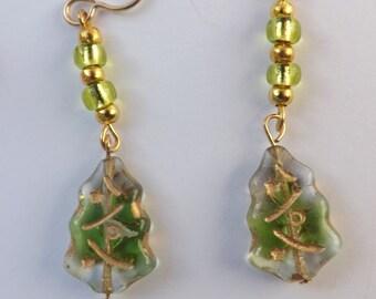 Christmas tree earrings, tree earrings, Czech glass earrings, Christmas earrings, Xmas earrings, festive jewellery, glass tree dangles