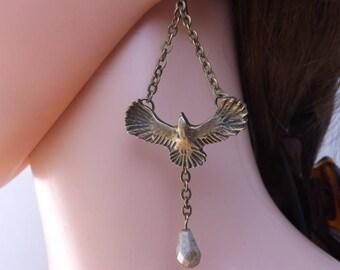 Bird earrings, bird dangles, bird jewellery, animal earrings, wildlife earrings, boho earrings, bird and chain earrings, niobium ear wires