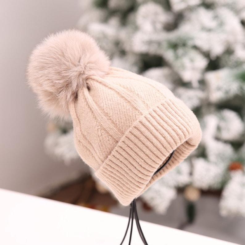 d4c6876fb0b NEW Fox Fur Ball Winter Hats Women Girls Knitted Skullies