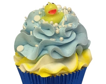Mini Pool Party Cupcake Bath Bomb