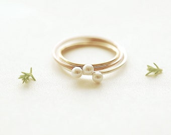 Crystal Pearl Stacking Ring in 14k Gold Filled, 925 Sterling Silver and 14k Pink Rose Gold Filled - Freshwater Pearl Midi Ring, Knuckle Ring