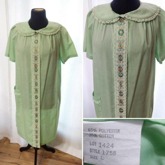 70/'s embroidered flares in mint condition