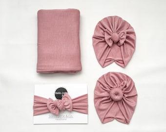 "Baby swaddle set in ""London"" Blush with matching Turban, baby photo prop, Bow turban, Bun turban, hospital set, baby gift,"