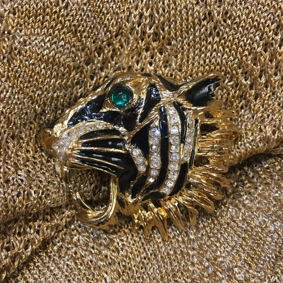 Tiger Brooch - image 5
