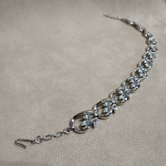 Trifari Silver Necklace Vintage - image 8