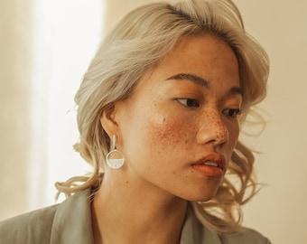 Xanthi earrings - Silver. Gold. Dangling earrings. Statement. Minimalist. Contemporary. Feminine. Classic. Modern. Women. Fashion. Jewelry.