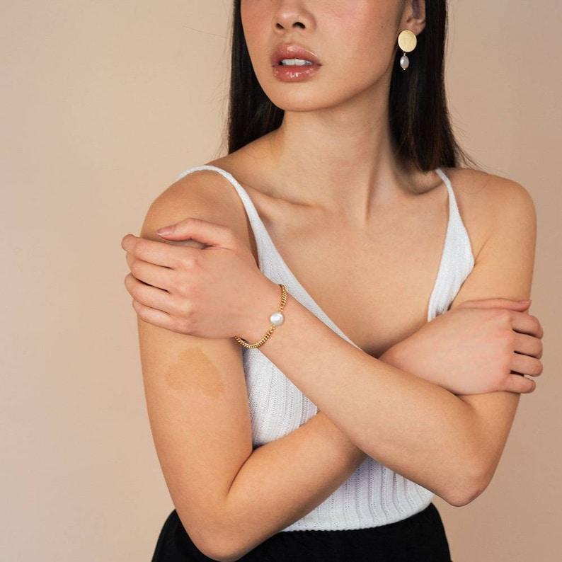 Minimalist Yorkshire bracelet Accessories Gifts for her Feminine Classic Jewelry Handmade. Women Modern Fashion Pearl
