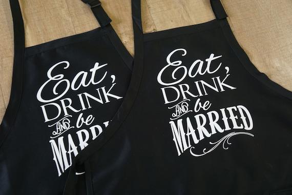 Bruiloft Cadeau Voor Paar Cadeau Voor Bruid Vrouw Bruidegom Gepersonaliseerde Overeenkomsten Gift Voor Haar Keuken Bakken Schort Koken Gift
