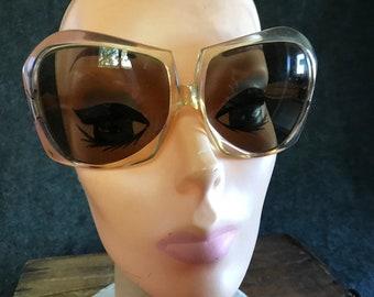 064fccb222171 Vintage Italian mod oversize sunglasses