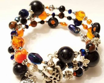 Orange and Dark blue Goldstone Beaded Memory Wire Bracelet, Silver plated beads, Fancy Fish charm