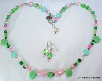 Greenery and Pink Spring Necklace, 18 inch beaded with an easy clasp Leaves, pearls, springtime flwer accessory, Green Style wearable art