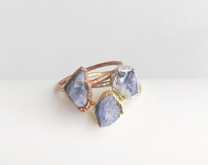 TANZANITE Stacking Ring // Tanzanite Ring // Raw Tanzanite Ring // Crystal Ring // Electroformed Ring // Midi Ring // Dainty Tanzanite Ring