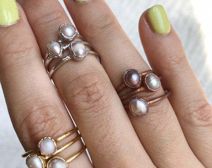 Pink Pearl Stacking Ring // Midi Ring // Pearl Ring // Electroformed Ring // Dainty Ring // Pearl // Electroformed Pearl Ring