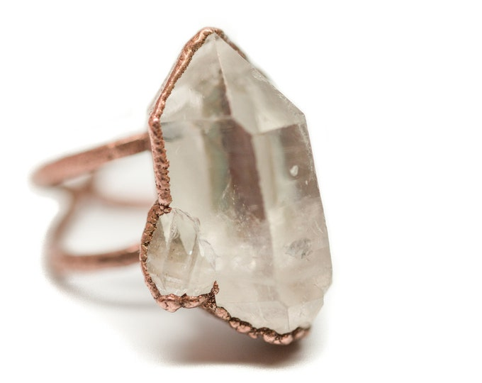Copper Quartz Cluster Über Statement Ring