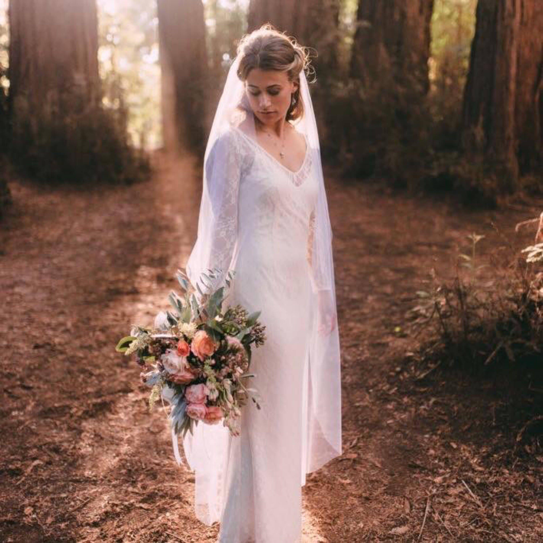 Wedding veils flower crown wedding veilvintage wedding etsy zoom izmirmasajfo