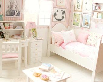 "Bedroom OOAK Diorama ""Cats and Rabbits"" Blythe/Pullip/BJD/Pure Neemo/Lati/Pukifee/Yosd"