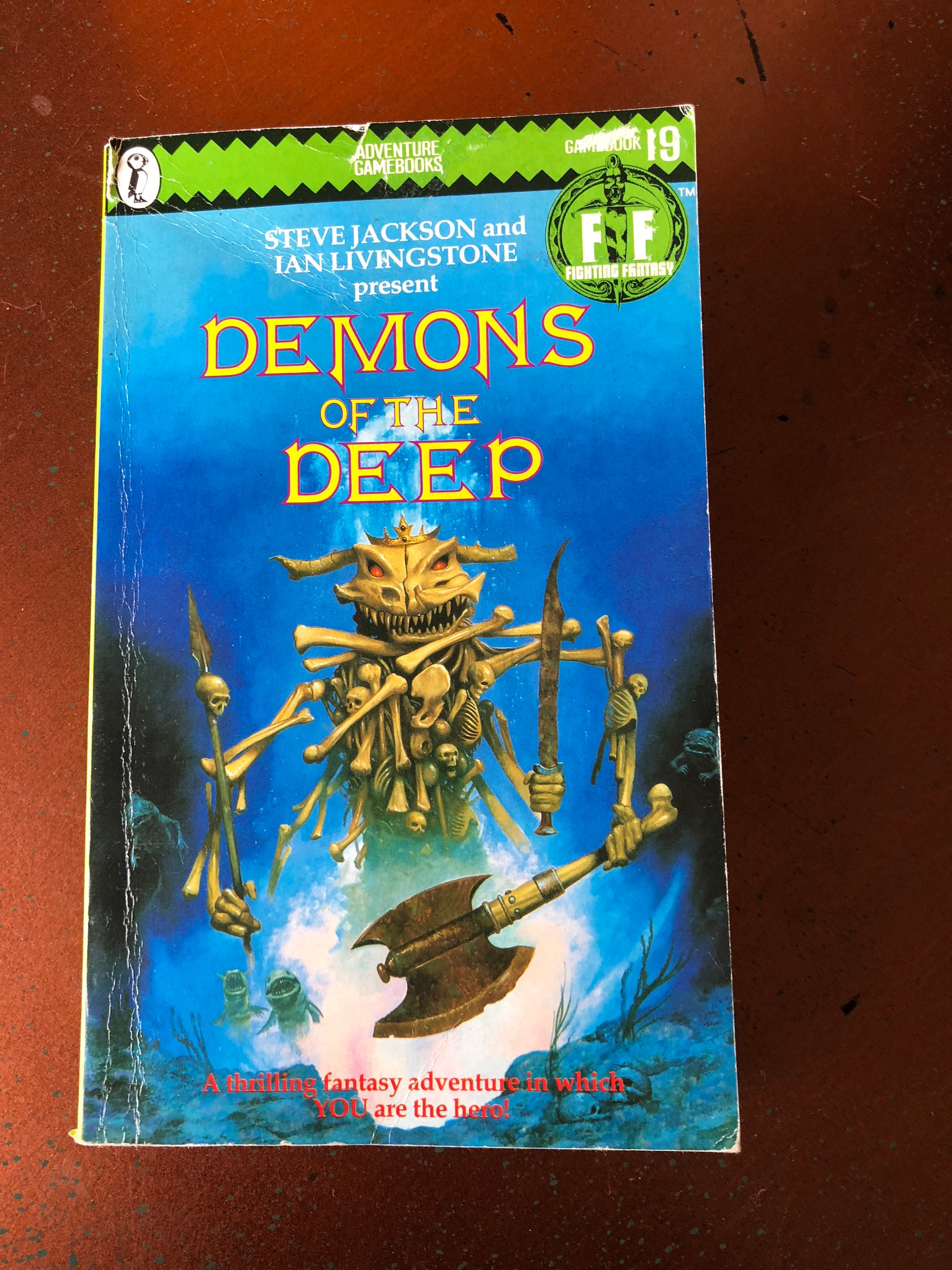 Demons of the Deep Book presented by Steve Jackson and Ian Livingstone - Vintage Game Book (1986)