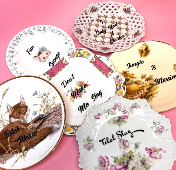 Decorative wall hanging plate - CHOICE OF DESIGNS