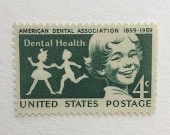 10 Vintage 4c Dental Health - US postage stamps 1959 - Green ADA Dentist children medical - unused