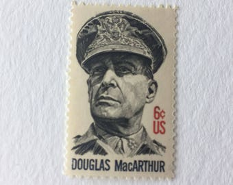 10 General Douglas MacArthur 6c unused US postage stamps - Vintage 1971 - Veterans Military Armed Forces History Army