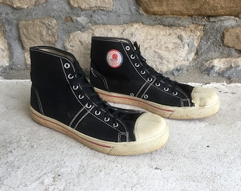 Vintage 1960s Mens CONVERSE All Star White Canvas High Top