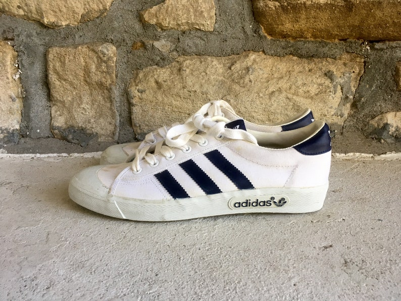 Vintage 1980s Mens ADIDAS 1981 White & Blue Trefoil 3 Stripe Lether Low Top SNEAKERS Shoes Size 8.5 NOS Unworn Nike Superstar Stan Smith
