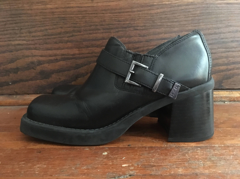 Vintage Womens HARLEY DAVIDSON 81306 Leather Chunky Black Leather 81306 Strap Biker Motorcycle SHOES Boots Size 9.5 Engineer Goth Hipster Vaporwave Punk 450c34