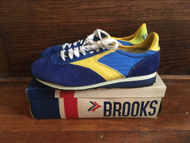 08472d7ac91 Vintage 1970s 1980s Mens BROOKS Blue   Yellow Leather Athletic