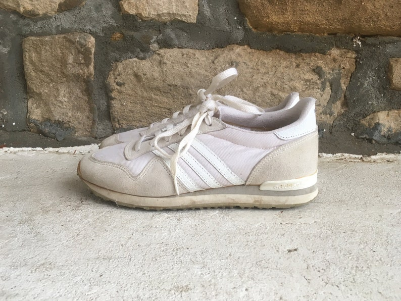 50f2f758ed40 Vintage 1980s Womens ADIDAS White Trefoil 3 Stripe Leather Low