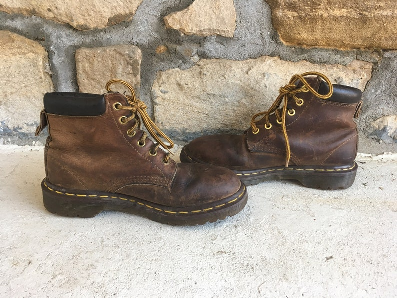 Vintage 1990s Womens DOC MARTENS 1460 Distressed Brown Leather Ankle BOOTS Size 6.5 7 Made In England Grunge Hipster