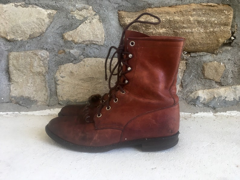 5dc9bd9d28caa Vintage Womens JUSTIN Distressed Russet Brown Leather Lace Up ROPER BOOTS  Size 7 Granny Cowboy Mod Hipster