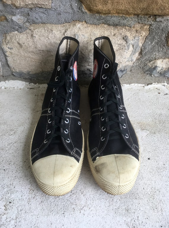 All star converse army shoes size 11