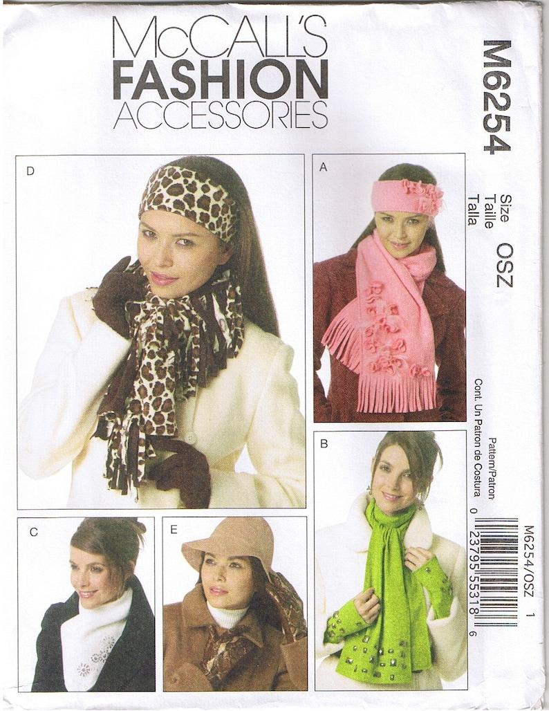 Misses Fleece Headbands Scarves Neck Warmer Leather Gloves Hat Sewing Pattern