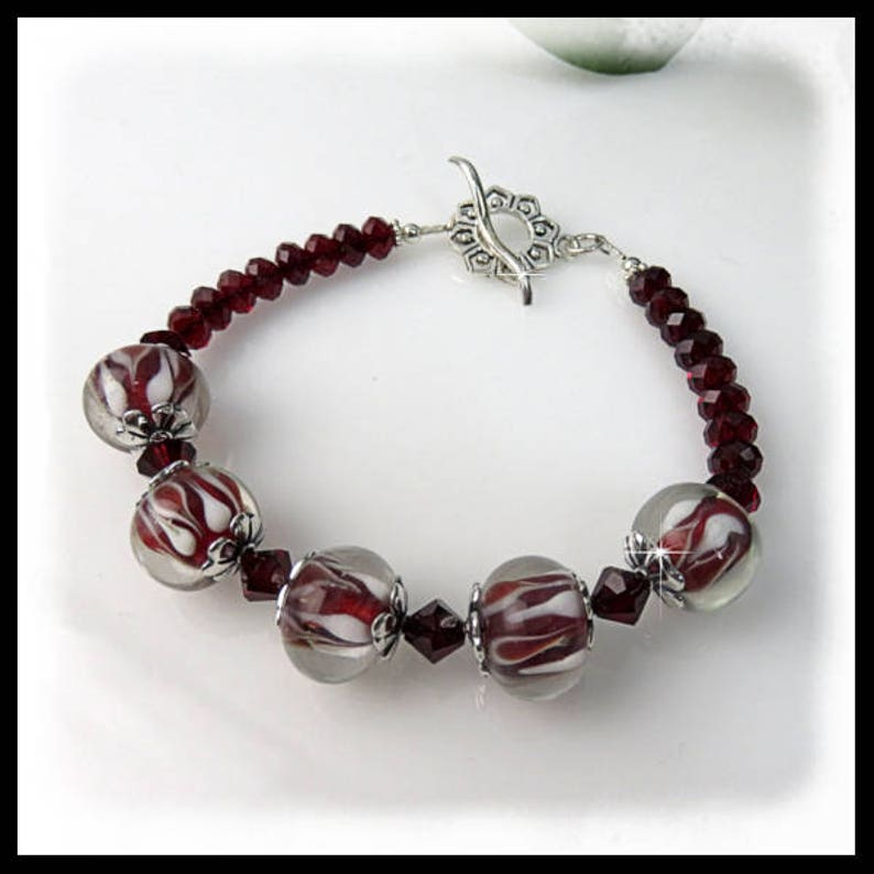 2084B Red and White Lampwork Glass Bracelet Red Swarovski image 0
