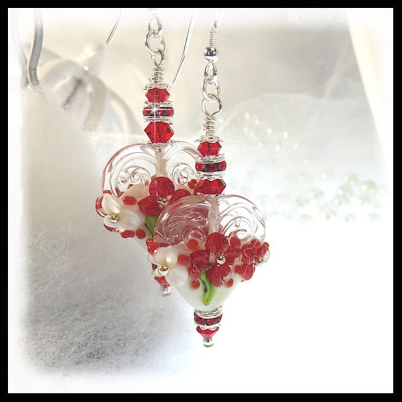 2391 Red heart earrings Floral heart earrings Flower image 0