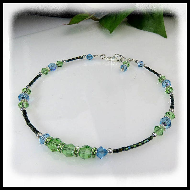 2100 Peridot and Aquamarine crystal anklet Summer anklets image 0