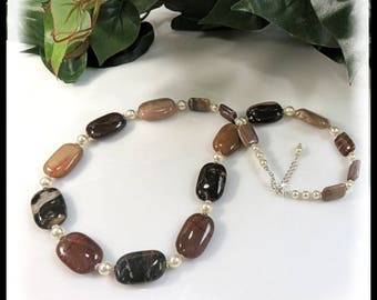 1859N, Petrified Wood and Pearls Necklace, Gemstone Jewelry, Brown and Tan Jewelry, Long Necklaces, Necklace designs,  Beaded Necklaces