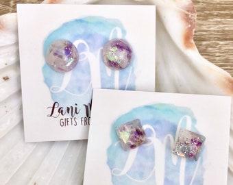 Resin Stud Earrings - Amethyst Stud Earrings - Raw Stone Earrings - Pale Purple Stud Earrings - Gemstone Stud Earrings - Stone Chip Earrings