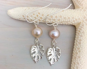 Monstera Earrings - Monstera Leaf Jewelry - Freshwater Pearl Earrings - Silver Leaf Earrings - Pearl Beach Earrings - Pearl Leaf Earrings